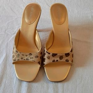 BNWOT ANN MARINO heeled open toe slip on sz 7